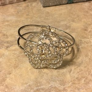 Jewelry - Statement piece bracelet